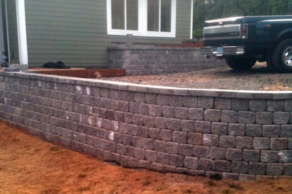 Custom-Retaining-Wall